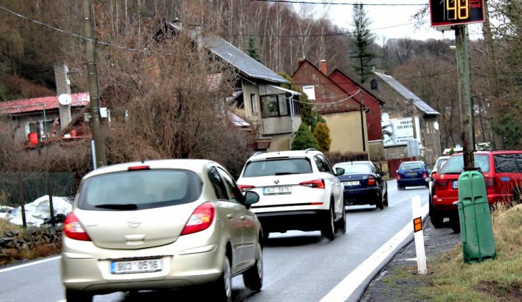Rychlost ve Stráži nad Ohří překročilo za tři týdny patnáct stovek řidičů