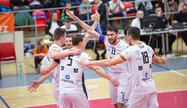 Mistrovský titul volejbalisté udělovat nebudou, hrdým vítězem základní části je suverén sezony tým VK Karlovarsko