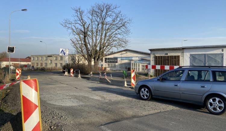 Řidiči pozor.  Silnice v Sedleci bude opět uzavřena, ale jen na čtyři dny