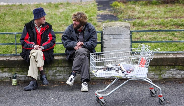 Vybraná města se budou muset postarat o ubytování pro bezdomovce s nemocí COVID-19 nebo umístěných do karantény