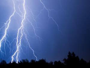Podle meteorologů zasáhnou kraj silné bouřky