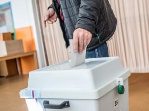 V obvodu Cheb se bude o křeslo v Senátu ucházet devět kandidátů