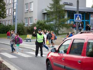Řidiči pozor! Po dlouhé době se vrací děti do školy