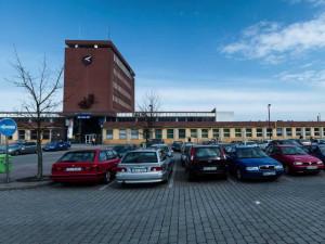 Správa železnic opravuje další nádraží v Karlovarském kraji