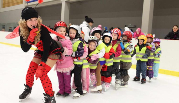NE(OBYČEJNÍ): Chtěla být učitelkou, doktorkou i tanečnicí, nyní je trenérkou malých hokejistů karlovarské Energie