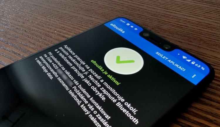 Nová verze aplikace e-Rouška bude ke stažení dnes