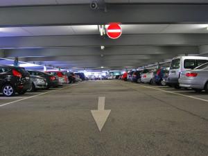 Rezervaci parkovacího místa dostanou v Sokolově už jen vozíčkáři