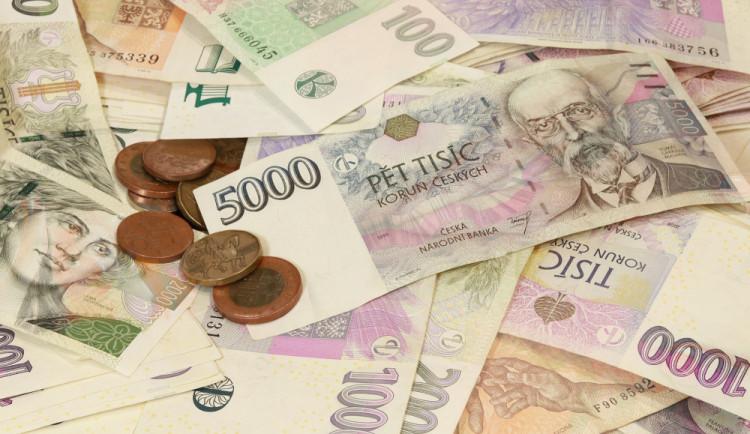 Zaměstnanec herny zpronevěřil téměř tři miliony korun