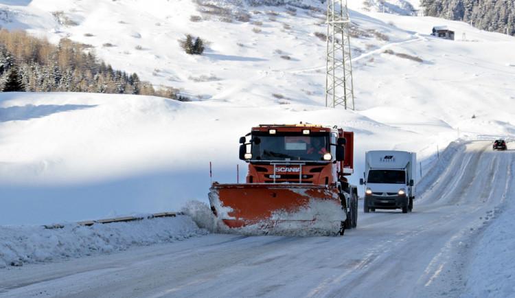 Silničáři v Karlovarském kraji jsou na zimu připraveni