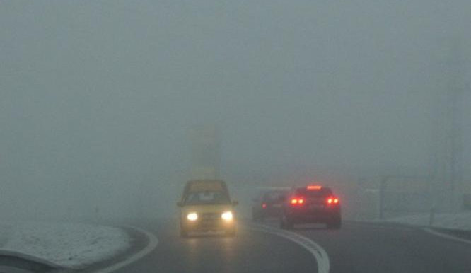 Podzimní počasí nahrává střetům aut s chodci. Zima je ale horší