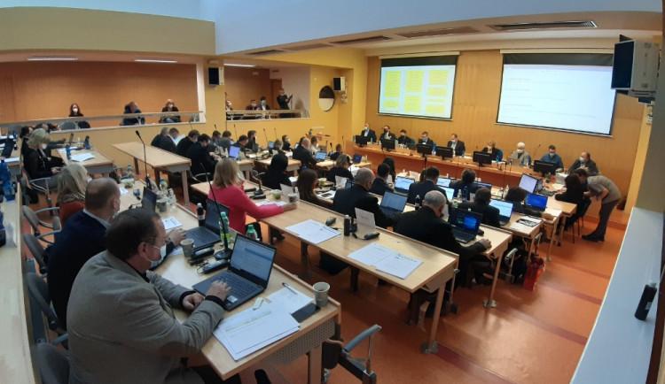 Karlovarský kraj zahájí příští rok v rozpočtovém provizoriu