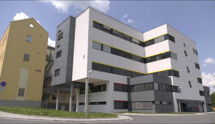 V chebské nemocnici došlo k okamžitému uzavření porodnice
