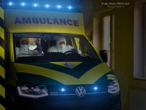 Dojednejte pro pacienty nabízenou pomoc z Německa, apelují starostové