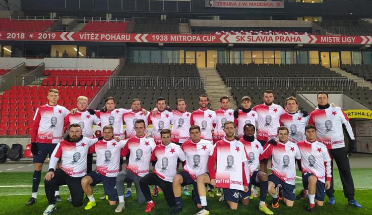 Tři góly v síti pražské Slavie udělaly radost celému týmu i jeho fanouškům