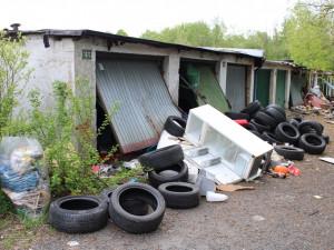 Město chce vykoupit problematické garáže, někde ale naráží na spekulanty