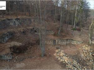 Historici chtějí důkladně prozkoumat pozoruhodnou stavbu theatronu ve Valči