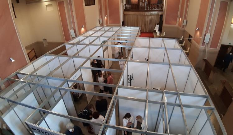 Svatby plánované v klášteře nebudou, sídlí v něm očkovací centrum