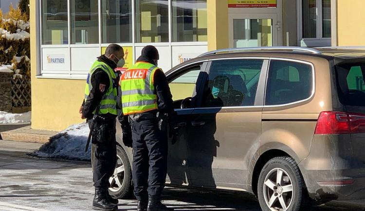 Konec kontrol na hranicích návrat německých zákazníků nepřinese, obává se starosta Chebu