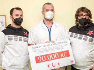 Fanoušci fotbalové Slavie kupovali virtuální pohárové vstupenky, klub peníze daroval nemocnici