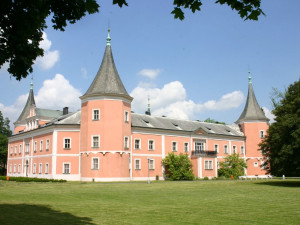 Příští týden se v Karlovarském kraji otevřou některé památky, muzea a galerie