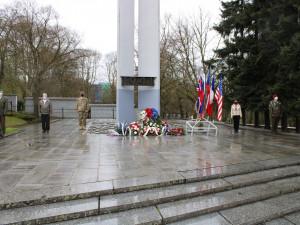 Připomínka konce druhé světové války se nesla v komorní atmosféře