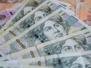Dvě ženy čelí obvinění z úvěrových podvodů, vystupovaly pod cizí identitou i lhaly o svém zaměstnání