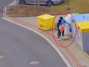 Lázeňské město trápí nepořádek u popelnic, policisté si proto posvítili na bordeláře