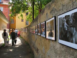 V Chebu odstartoval festival Chebské dvorky, nabídne nabitý třídenní program