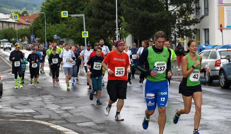 Sokolovský ¼ maraton bude, vládní opatření ho dovolí uspořádat
