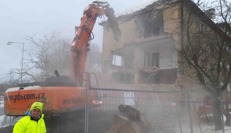 V Sokolově chystají demolici dalšího domu, tentokrát se bude bourat v ulici Svatopluka Čecha