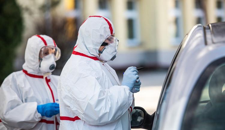 Za poslední týdenpřibyly v Karlovarském kraji jentři případy koronaviru