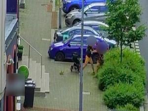 Agresor napadl svou bývalou partnerku. Celý incident zachytila bezpečnostní kamera