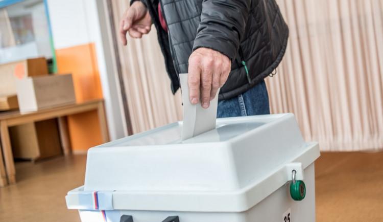 Ve sněmovních volbách bude možné opět volit z karantény