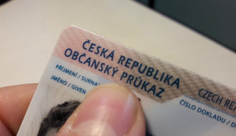 Úřady od tohoto týdne vydávají nové občanky s biometrickými údaji
