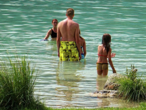 V Karlovarském kraji je voda v koupalištích až na výjimku kvalitní