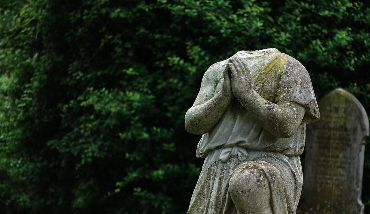 Chebská výstava ukáže, jak naši předkové prožívali smrt