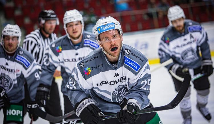Finský obránce Parkkonen uspěl na zkoušce v Karlových Varech