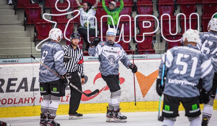 Hokejovou extraligu otevře středeční předehrávka Karlovy Vary - Brno