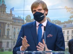 Vojtěch: Česko je na úpatí další vlny epidemie
