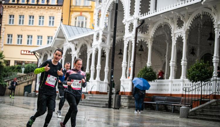 Rodinný běžecký závod ČEZ RunTour zavítá 25. září na lázeňskou kolonádu vKarlových Varech!