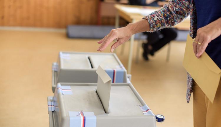 Ve volbách v Mírové a Horách vyhráli nezávislí kandidáti