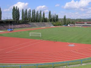Karlovy Vary požádají o dotaci na rekonstrukci stadionu v Tuhnicích