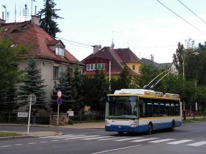 Zákaz vjezdu kamionů? Mariánské Lázně chtějí zklidnit dopravu v Plzeňské ulici